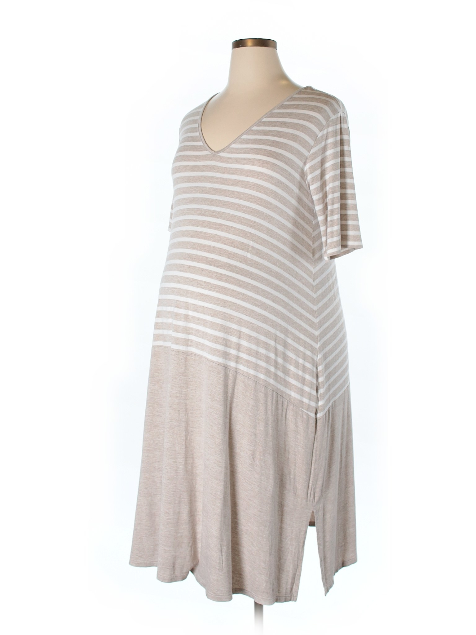 2012de28ad1 32 Of The Best Places To Buy Maternity Clothing Online