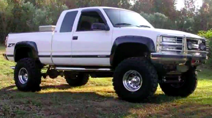 A photo of the type of truck that investigators are seeking, released by the Gray's Harbor Sheriff's Office.