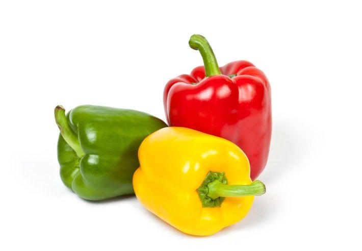 E o mais óbvio seria que o pimentão verde nascesse em um pé de pimentão verde (ou árvore, sei lá), pimentões amarelos nascessem no pé de pimentão amarelo, e assim por diante.