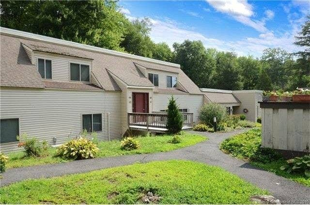 Size: Two bedrooms, two bathroom condo, 1,108 sq. ft. Location: Center of Simsbury.