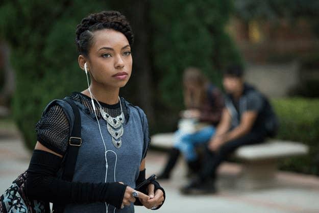 Ao mesmo tempo, após a publicação de um teaser, americanos anunciaram um boicote à Netflix.