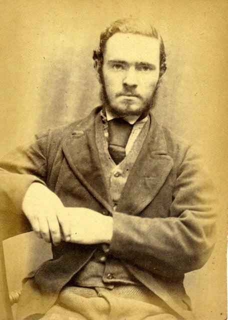 詐取罪で逮捕されたこの鉱山労働者、どことなくジャスティン・ティンバーレイクに似ていない?
