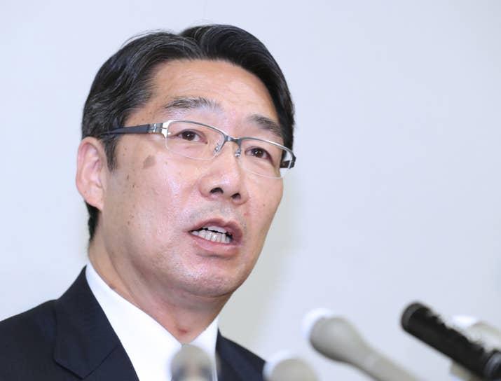 前文部科学事務次官の前川喜平氏は6月15日、文科省が「加計文書」の再調査結果を発表したことを受け、マスコミ向けにコメントを出した。前川氏は、「もともとあった文書が『あった』と確認されたのは当然」とし、国家戦略特区を主管する内閣府に対して「様々な疑問点について説明責任を果たしていただきたい」と要望。つぎのような、6つの「疑問」を呈した。