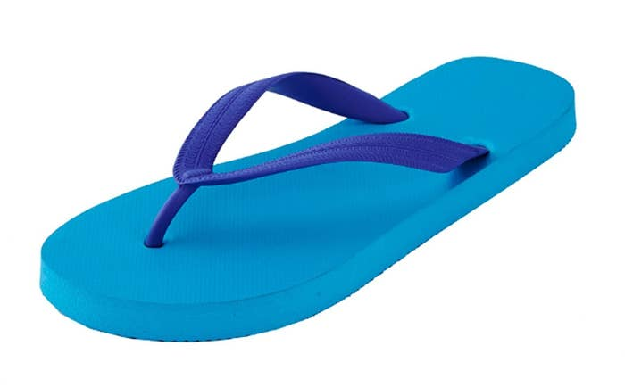 33544baf133b3 22 Of The Best Flip Flops You Can Get On Amazon