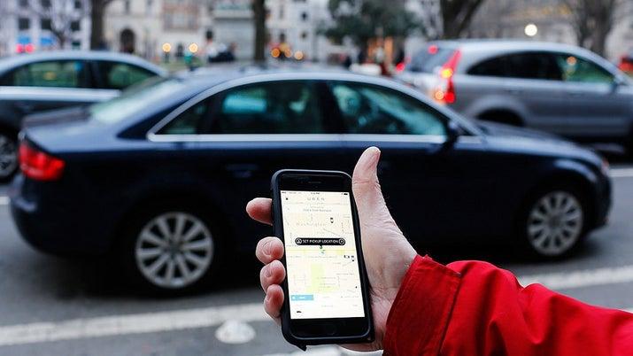 El proceso de denuncia tomó 10 horas, pero aún debían incluir evidencias, como la información sobre el conductor. Uber sólo les dijo que el conductor fue suspendido y que le entregarían dicha información a las autoridades.