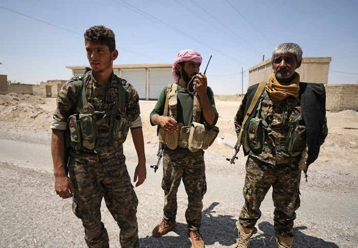 Syrian Democratic Forces fighters