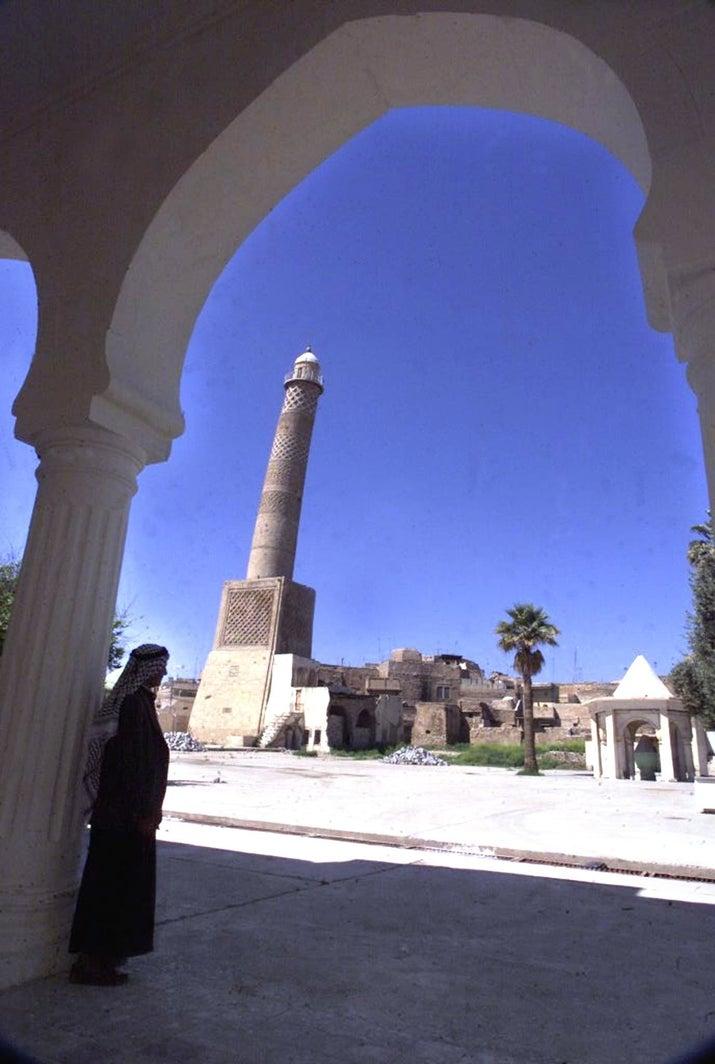 Menara Al Habda tahun 2001