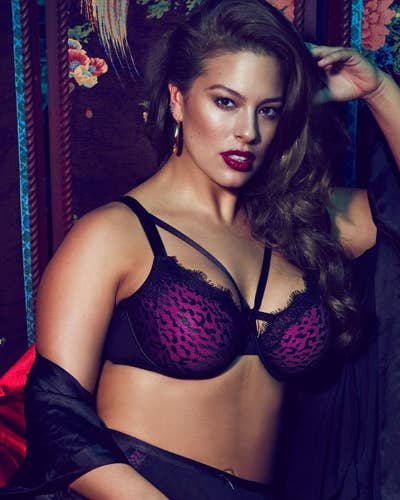 755614aaa 17. Addition Elle stocks plus-size underwear with incredibly pretty  details
