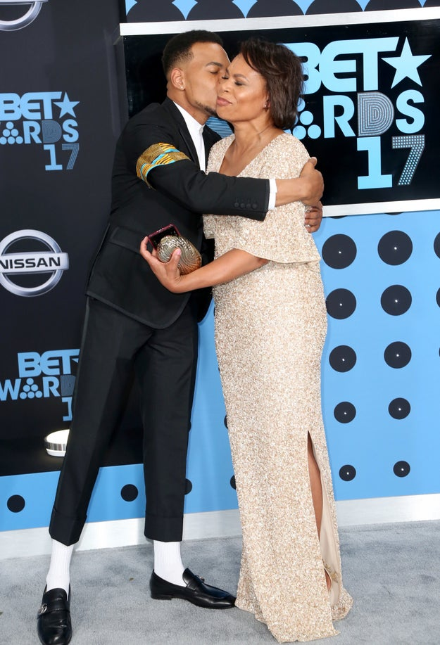 Chance the Rapper was the true MVP of the BET Awards this year, and I'm getting emotional even thinking about it. Before the show even began, he was too precious for words with his beautiful date for the evening — his mom, Lisa Bennett.
