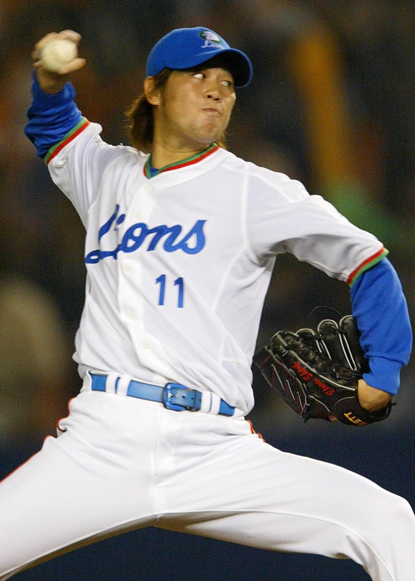 プロ野球・西武ライオンズの森慎二投手コーチが多臓器不全のためにこの日の午後、福岡市内の病院で死去した。42歳だった。