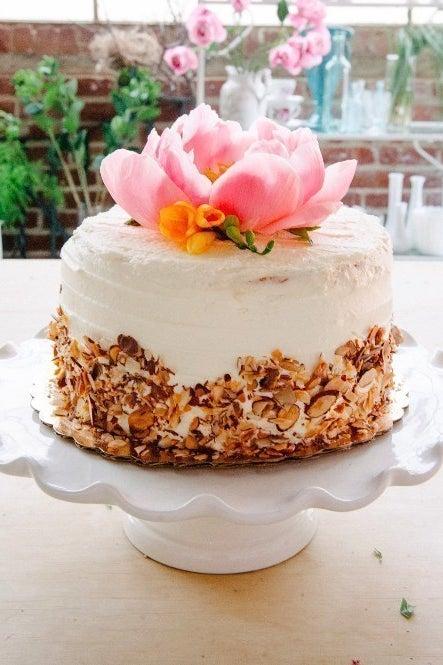 Https Apracticalwedding Com Grocery Store Wedding Cakes