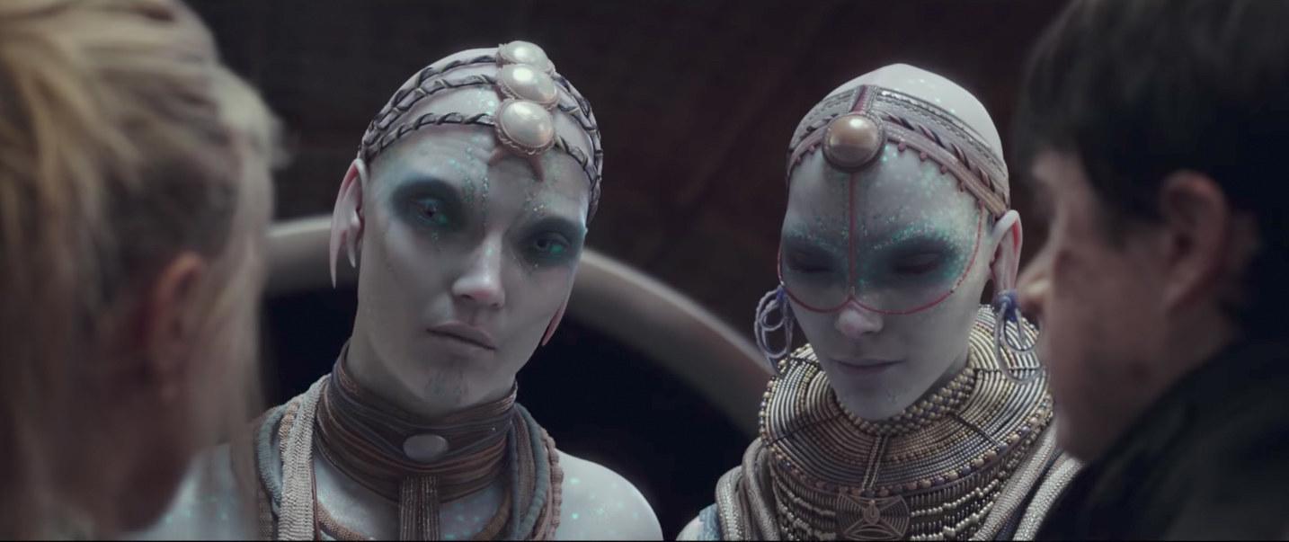 "This Visually Stunning Summer Sci-Fi Movie Looks Even Better Than ""Avatar"""