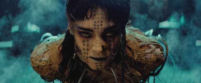 Ahmanet (Sofia Boutella) in The Mummy.