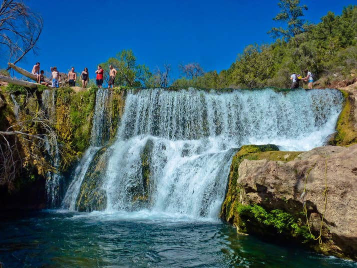 Natural pools around the world that 39 ll make your jaw drop for Natural pools arizona