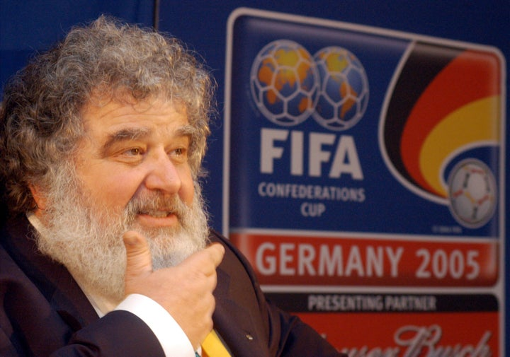 Ex-FIFA Executive Chuck Blazer, Key To Soccer Corruption Case, Has Died At 72
