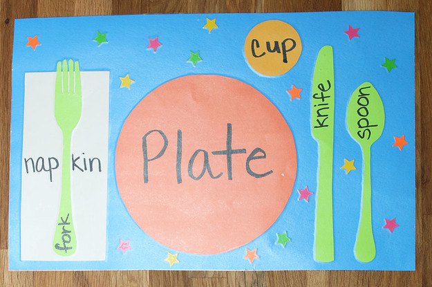 & DIY Table Setting Placemats