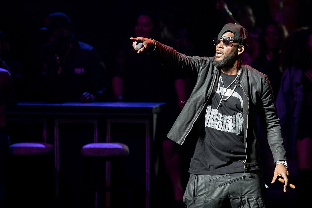 R. Kelly performing at Bass Concert Hall on March 3 in Austin.