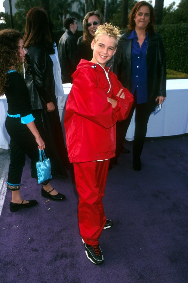 When he rocked this stylish red ensemble:
