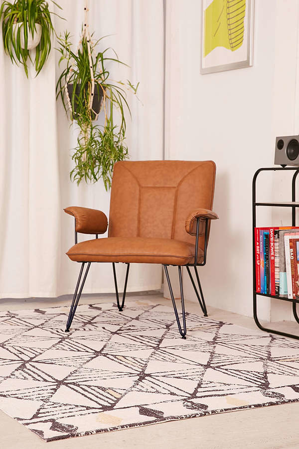 30 Awesome Things To Buy At The Urban Outfitters Home Sale