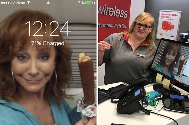 What's Fate? This Woman And A Verizon Employee Had The Same Reba McEntire Corndog Background Pic