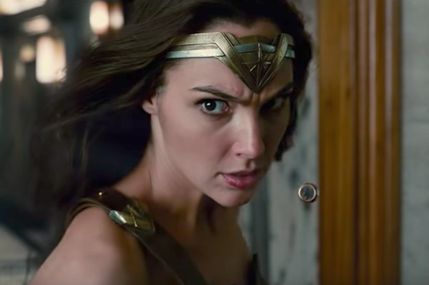 "This New ""Justice League"" Trailer Teases A Pretty Huge Reveal"