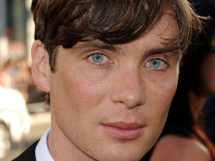 psa that cillian murphy is the real life handsome squidward