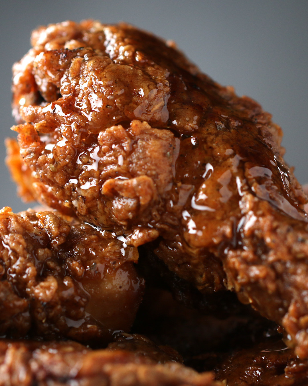 This Honey-Glazed Fried Chicken Is Super Juicy And You Have To Try It Now