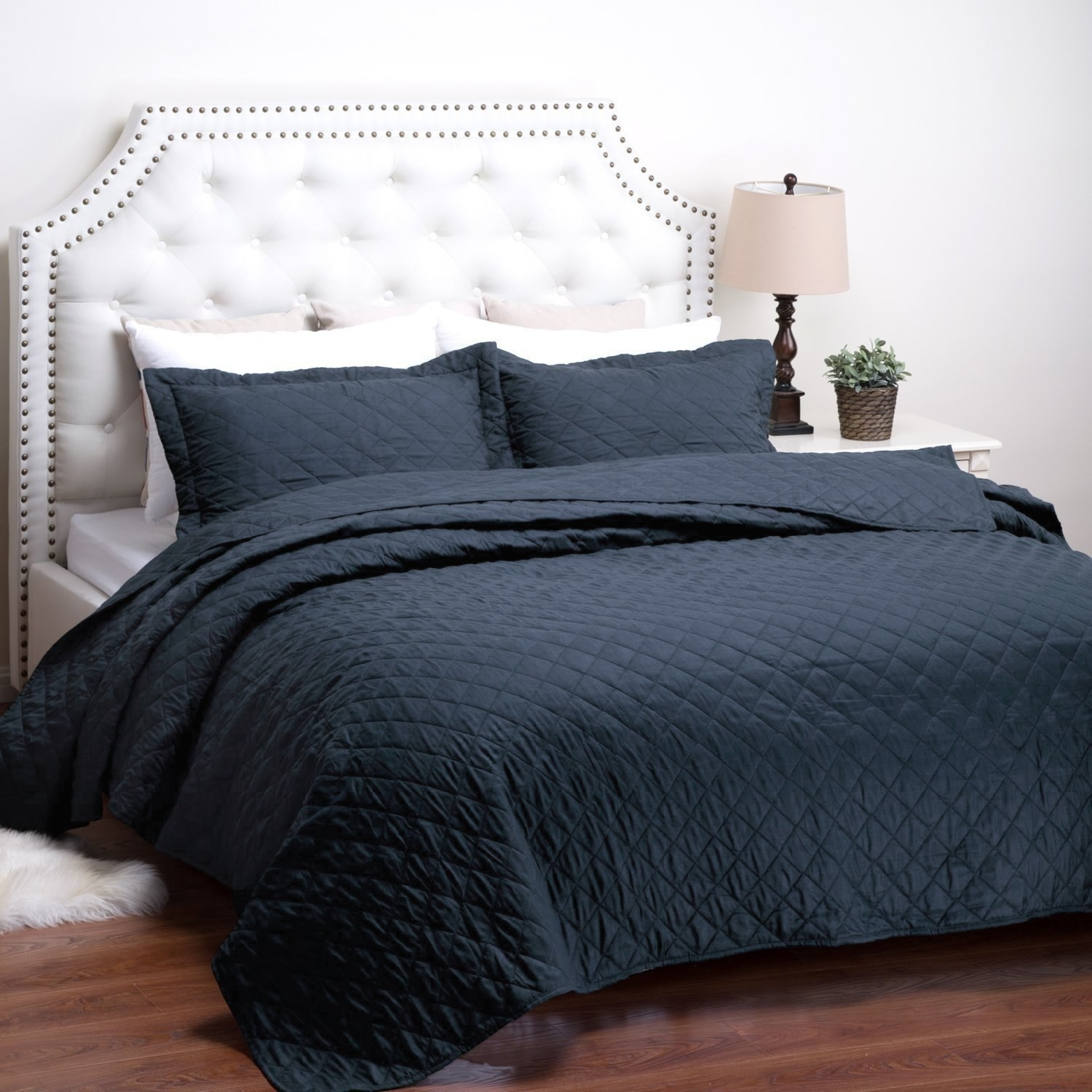 12. A Standard Quilt That Might Be A Boring Purchase, But Will Definitely  Be Worth It In The Long Run.