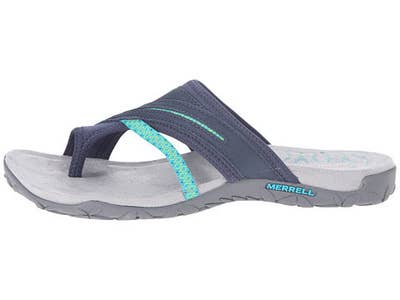 b18e629df 21 Ridiculously Comfortable Sandals For Anyone With Flat Feet