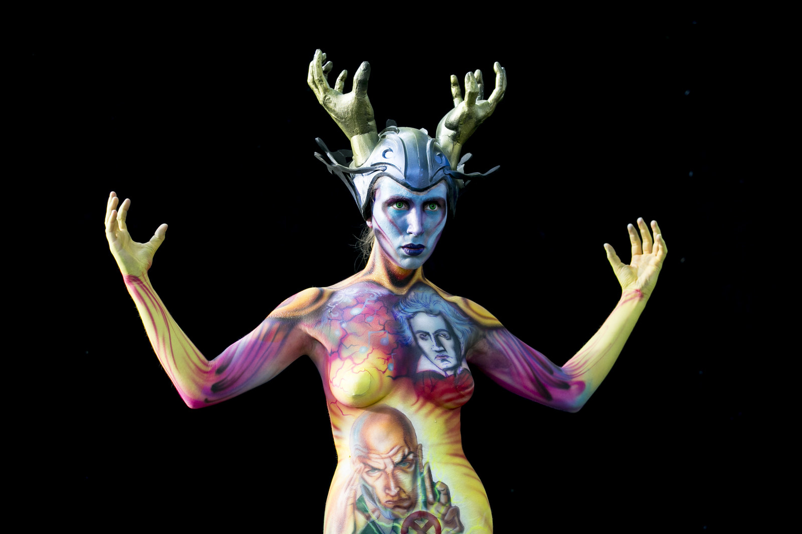 Wild photos from bodypainting festival PHOTOS : World Bodypainting Festival gets creative
