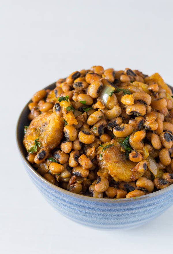 This is a perfect marriage of savory and scotch bonnet spiced beans with the sweetness from ripe plantains.... Yass flavor come through!