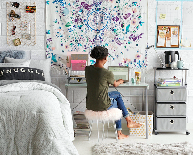 19 Amazing Dorm Room Looks You Can Actually Recreate