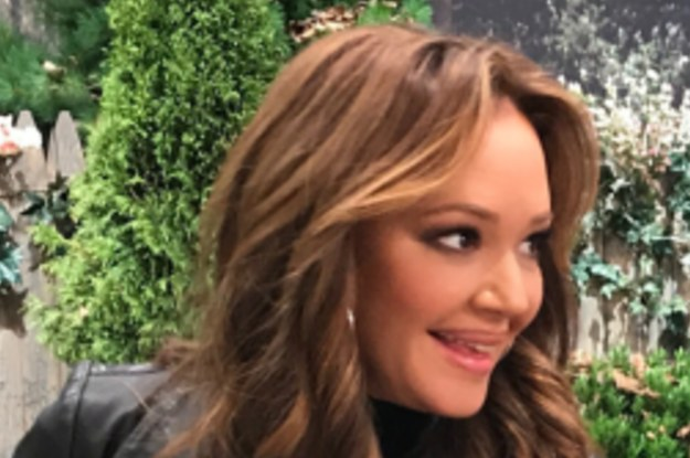 """Leah Remini Posted This Instagram From The Set Of """"Kevin Can Wait"""" And People Feel Kind Of Awkward"""