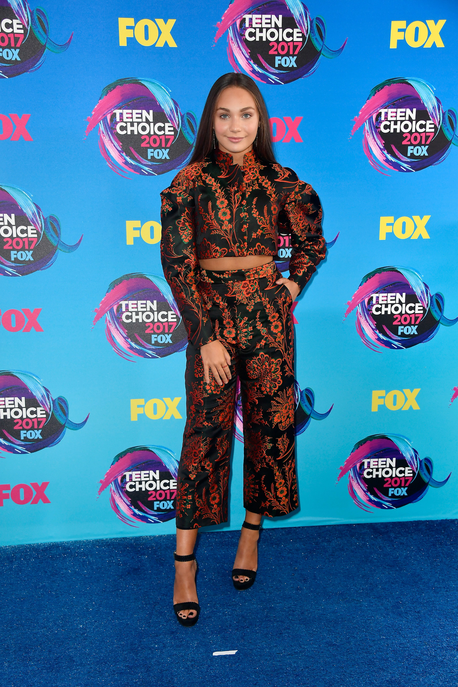 Style At The 2017 Teen Choice Awards