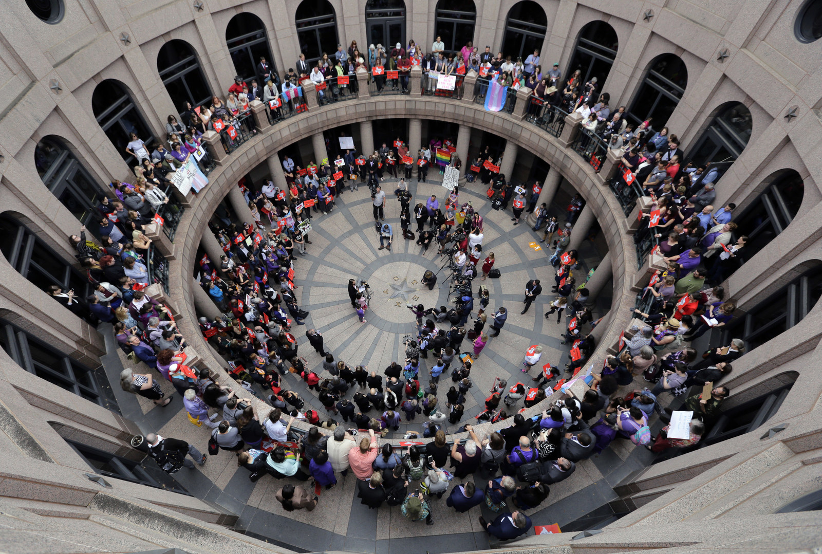 Anti trans bathroom bills just failed to pass in texas - Which states have bathroom bills ...