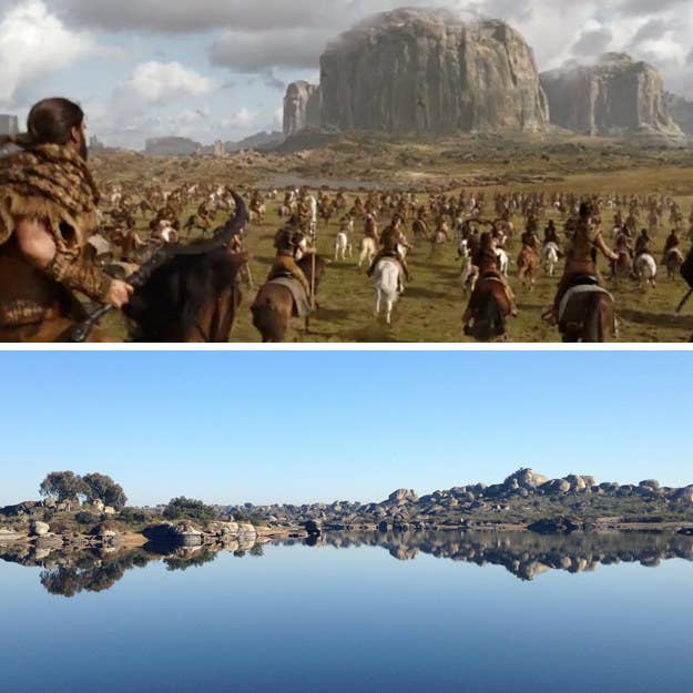 """Este bello monumento natural sirvió como entorno para el icónico Ataque a la caravana del botín en """"The Spoils of War"""". Por supuesto, no verás a Drogon, el Dothraki, ni a algún soldado de los Lannister en llamas cuando lo visites, por quizás eso sea lo mejor, ya que """"los hombres se hacen encima cuando mueren. ¿No te enseñaron eso en la elegante escuela para varones?""""."""
