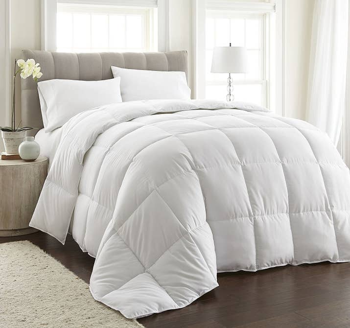 Promising Review Best Comforter Ever So Soft Keeps You Warm