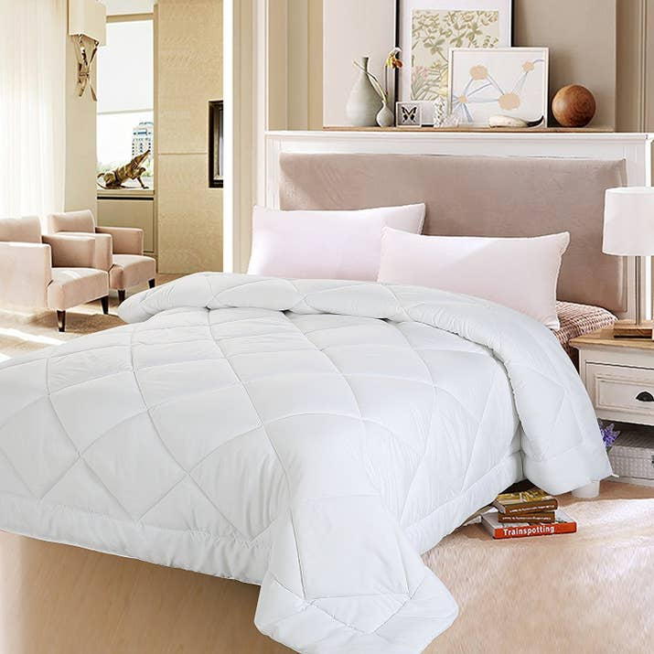 design therapy white difference max fluffy comforter bedding between the fit and w duvet vs of big apartment a battle