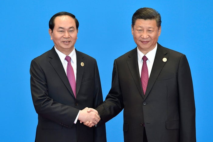 Vietnamese President Tran Dai Quang (left), with Chinese President Xi Jinping in May during an international conference near Beijing.