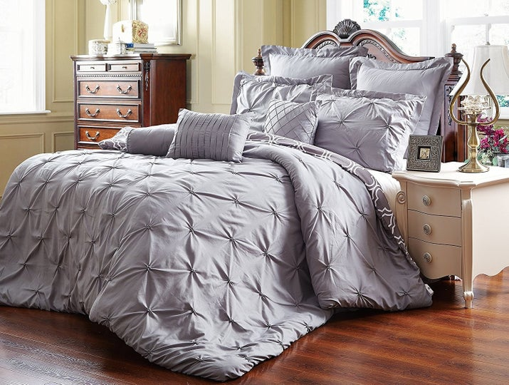 Fresh 22 Impossibly Cozy Comforters That'll Make You Never Want To Leave  UJ12
