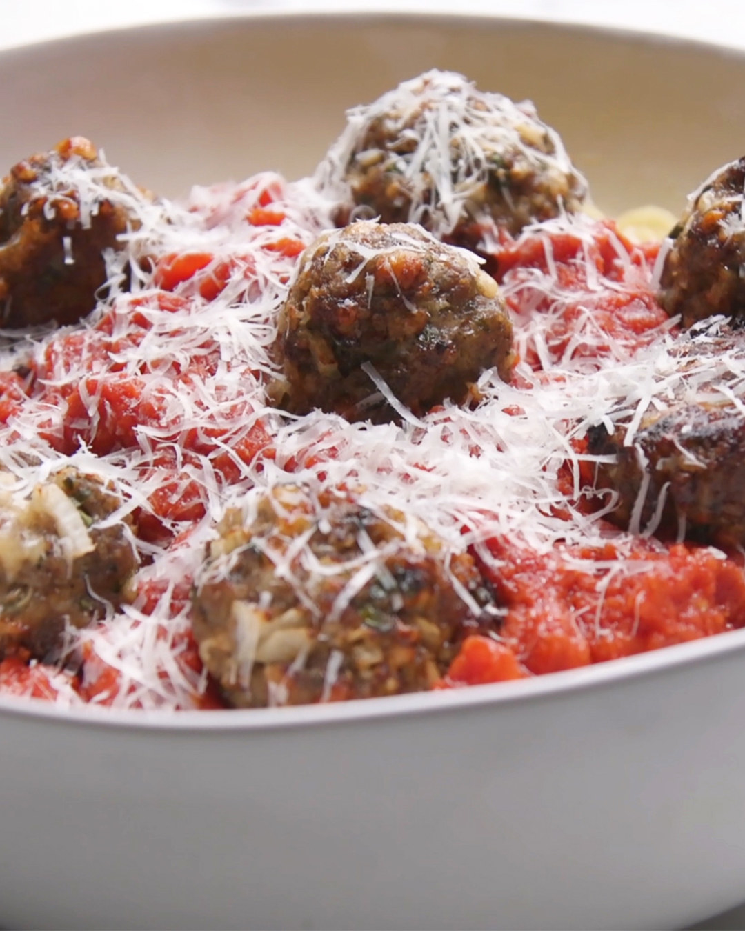 This Simple Spaghetti And Meatballs Recipe Is Perfect For Cooks Who Are Just Starting Out