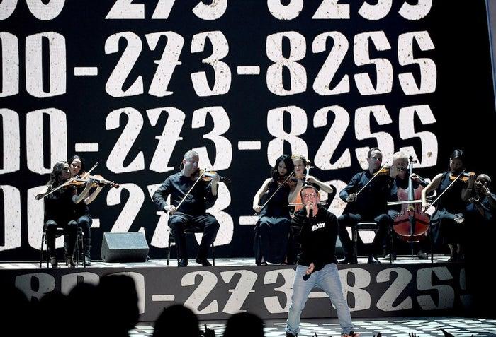 Logic performing at the MTV VMAs.