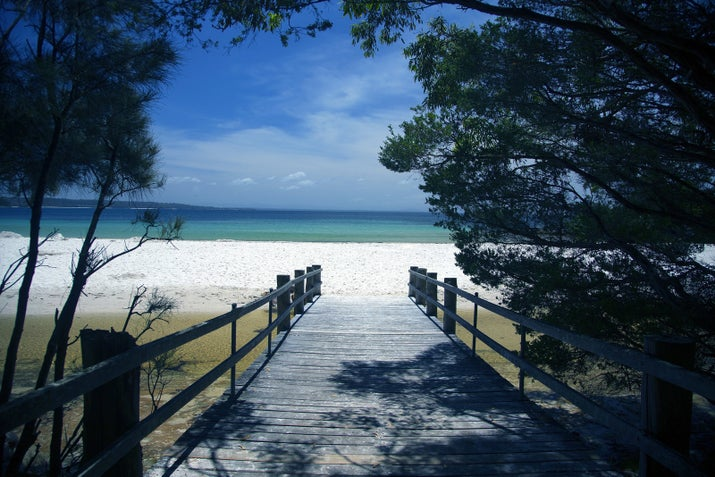 Hyams Beach is one of the many spectacular beaches on the shores of Jervis Bay in the Shoalhaven. What makes this one special is that the beach has been heralded as having the whitest sand in the world (although some have contested this claim).