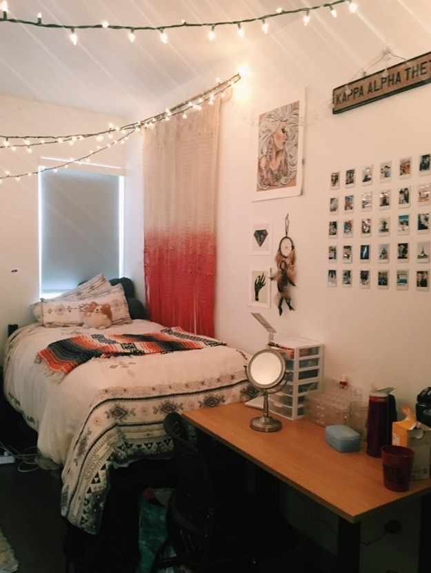 15 Dorm Rooms That Ll Make Your Own Bedroom Look Like