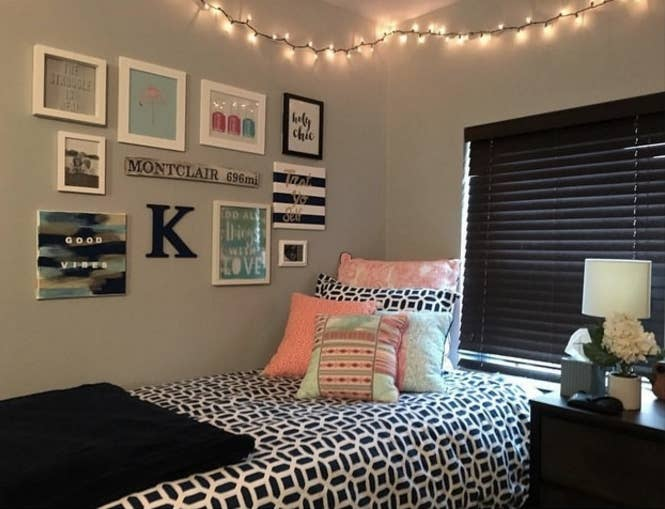 15 Dorm Rooms That\'ll Make Your Own Bedroom Look Like Total Garbage