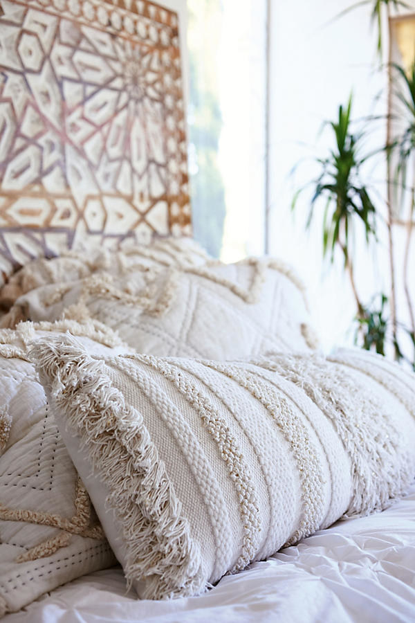19 Creative Ways To Transform Your Bed