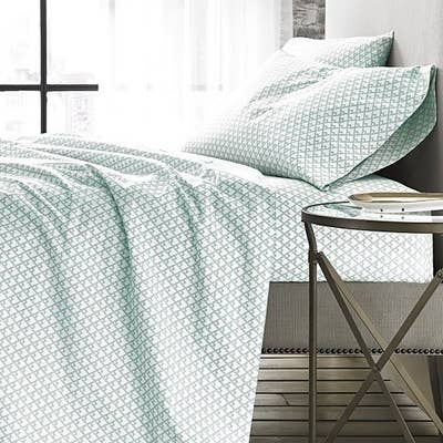 Bloomingdale S Offers A Huge Selection Of High Quality Sheets At Wide Range Prices