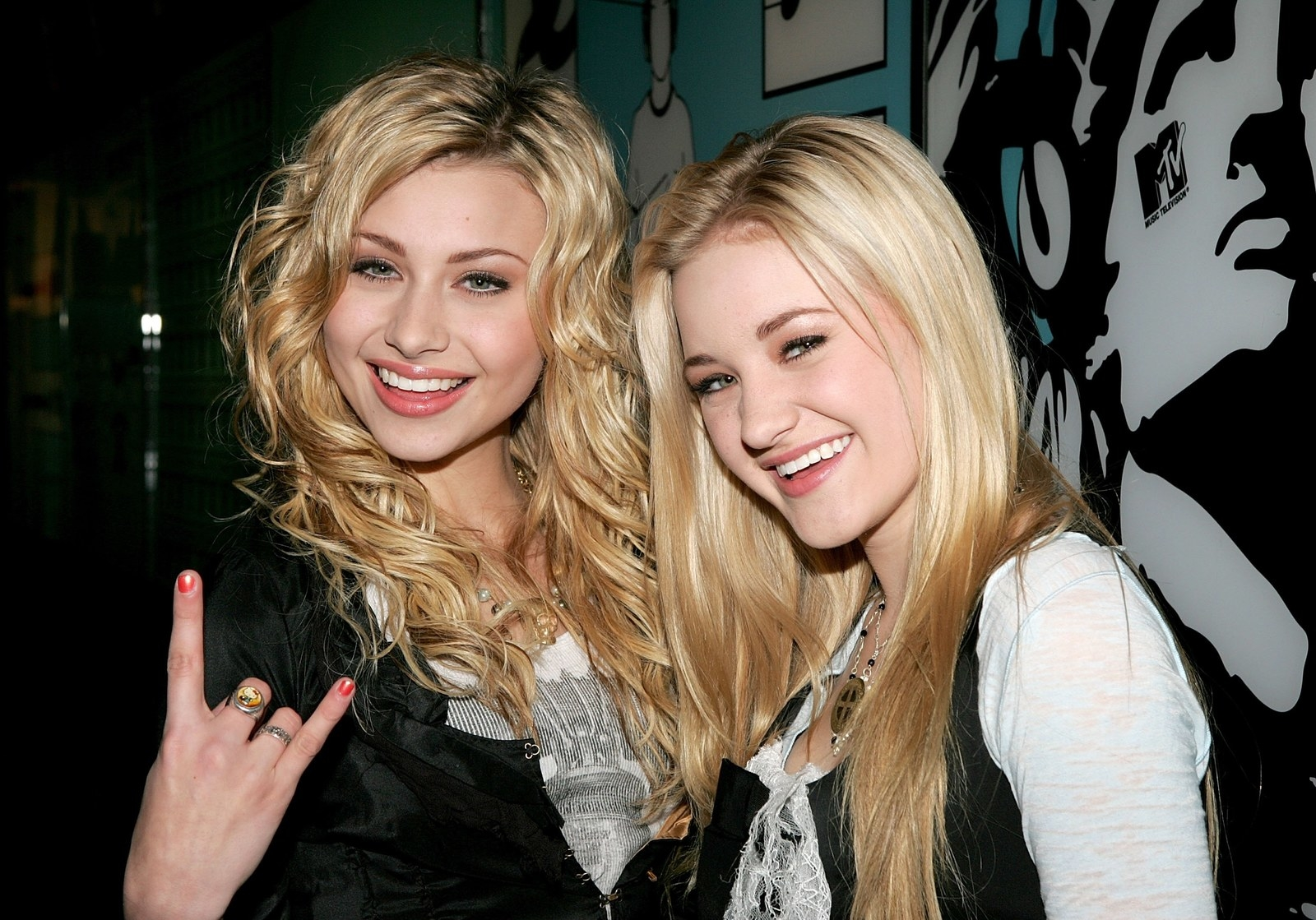aly and aj - photo #11