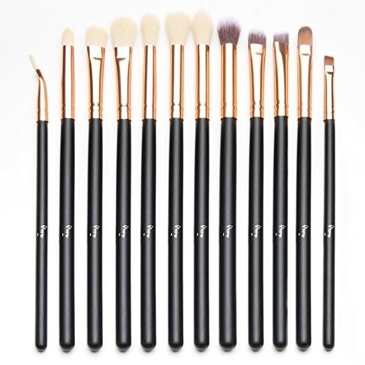 Get the eyeshadow brushes here.