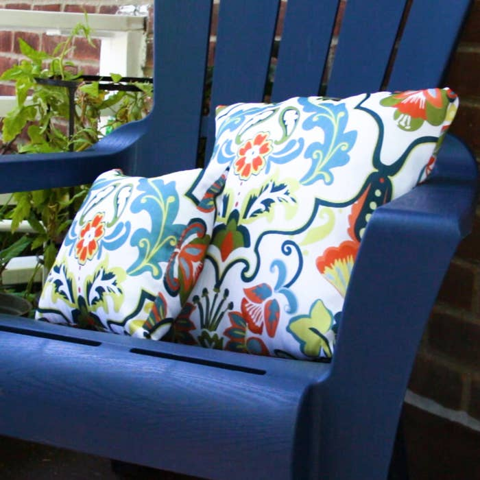 Have An Extra Shower Curtain Lying Around Turn It These Adorable Outdoor Patio Pillows